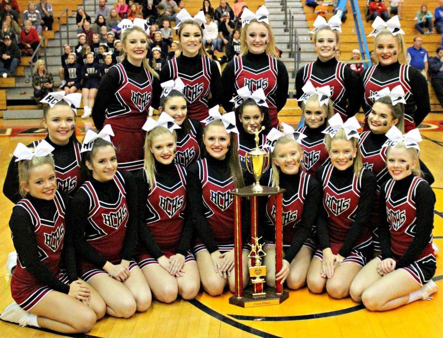 HCHS cheerleaders win WYMT competition