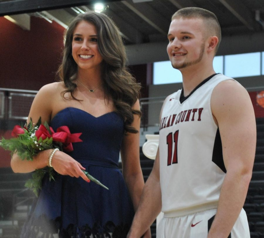 HS - HCHS basketball sweetheart