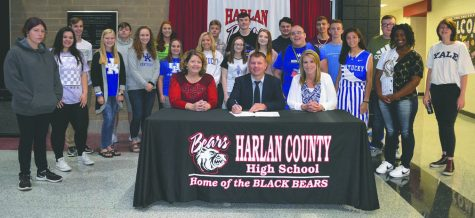 Lewis brings passion for golf as new HCHS coach