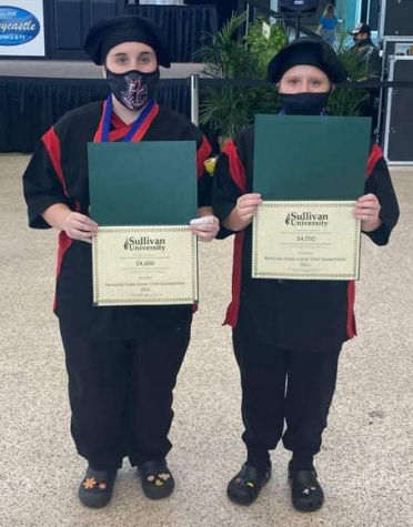 Victoria Adams (left) and Kaydie Coots placed third in the Kentucky Farm to School Junior Chef state competition held in August at the Kentucky State Fair in Louisville.